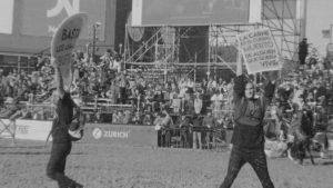 Circo romano en La Rural: rebencazos contra veganos y antiespecistas