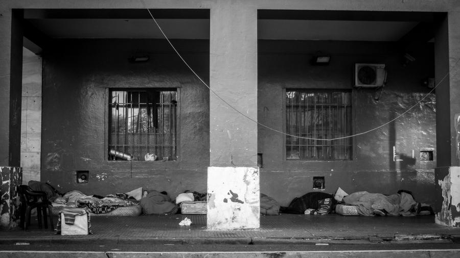 situacion-de-calle-dormir-casa-frio
