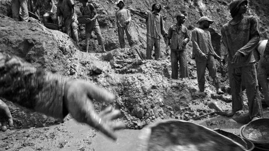 Africa explotacion minera la-tinta
