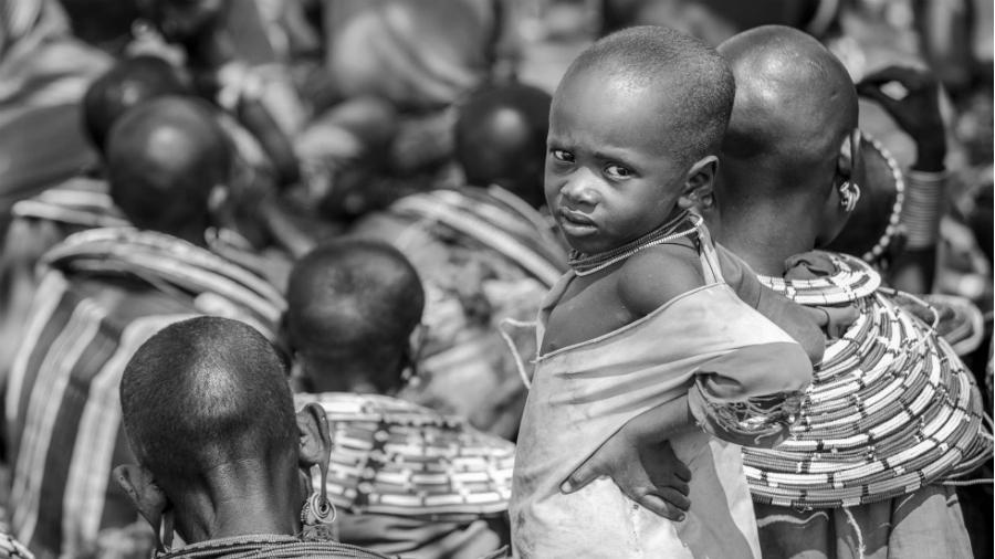 Africa niños tribu la-tinta