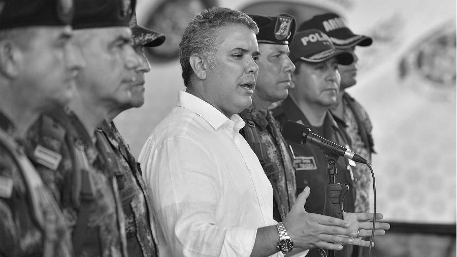 Colombia Ivan Duque militares y policias la-tinta