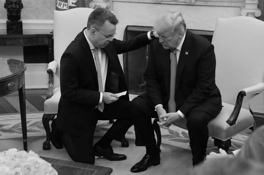 Estados Unidos Donald Trump lider evangelista la-tinta