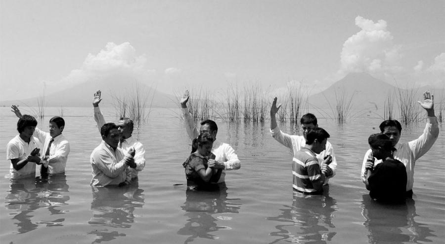 Guatemala evangelistas bautismo la-tinta
