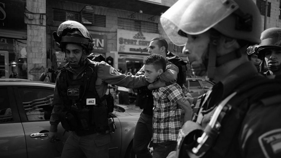 Israel ejercito arresta a niño palestino la-tinta