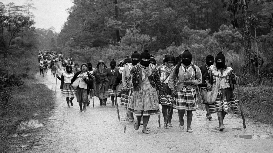 Mexico EZLN mujer zapatistas la-tinta
