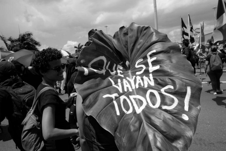 Puerto Rico Que se vayan todos movilizacion la-tinta