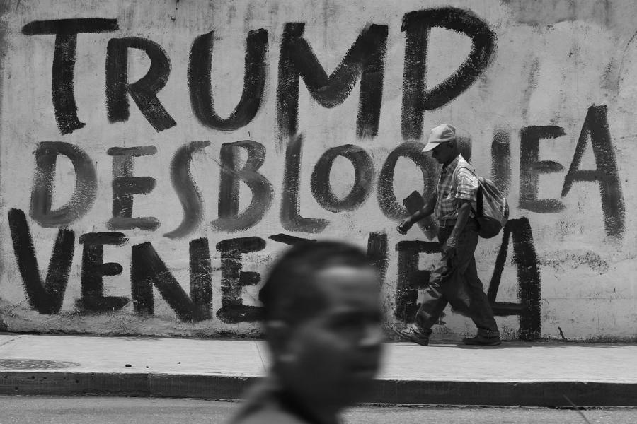 Venezuela Caracas embargo de Estados Unidos la-tinta