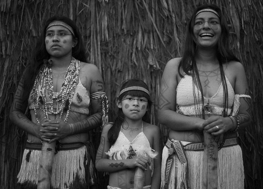 Brasil pueblo guarani mujeres la-tinta