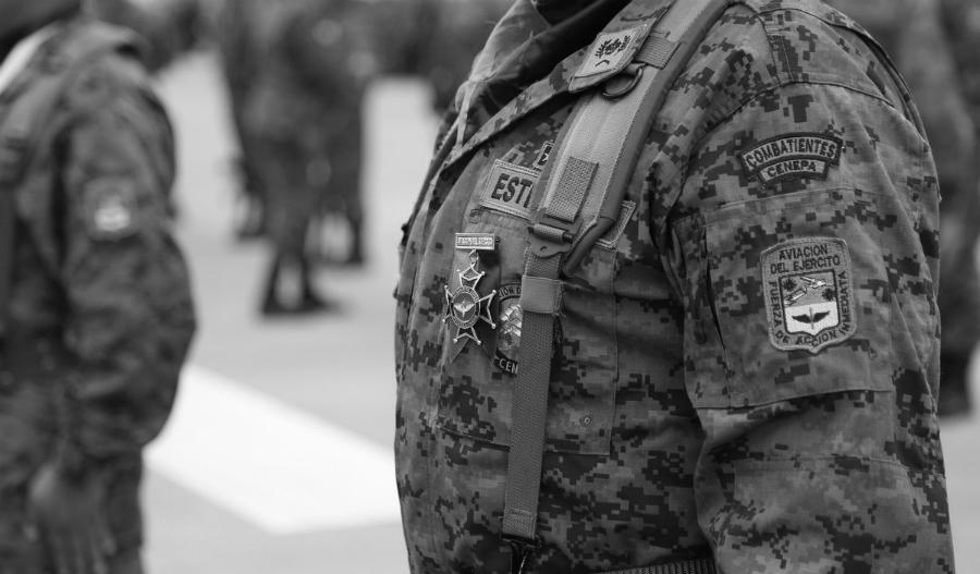 Ecuador Fuerzas Armadas Aviacion la-tinta