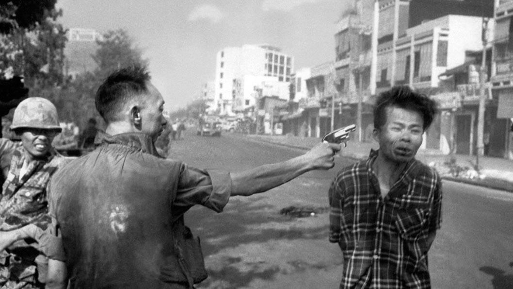 El asesinato de Saigón_Eddie Adams_portada