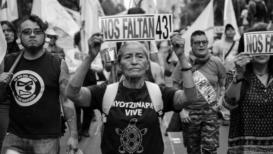 Mexico Ayotzinapa movilizacion la-tinta