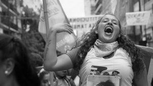 Silencio de radio: la marea feminista desbordó al multimedio de la UNC
