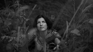 Ana Robles, una cantautora que corre con los lobos