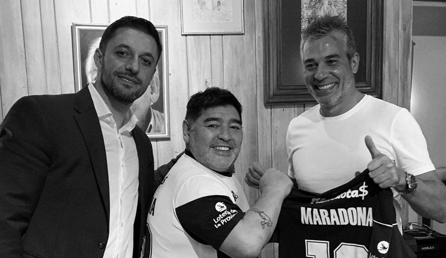 diego-maradona-dt-gimnasia
