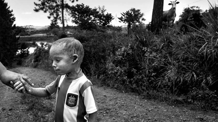 Agrotoxicos-piovano niño escuelas
