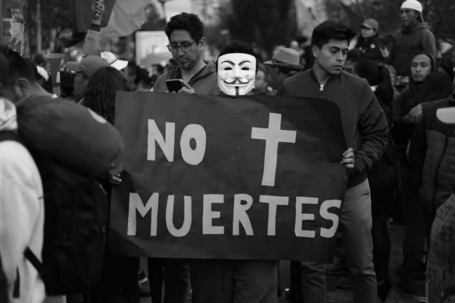 Ecuador no mas muertes la-tinta