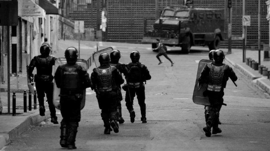 Ecuador represion detenciones la-tinta