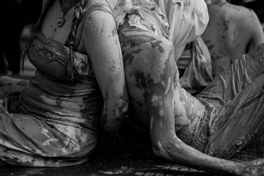 Julieta Andino - Escala Sin Grises