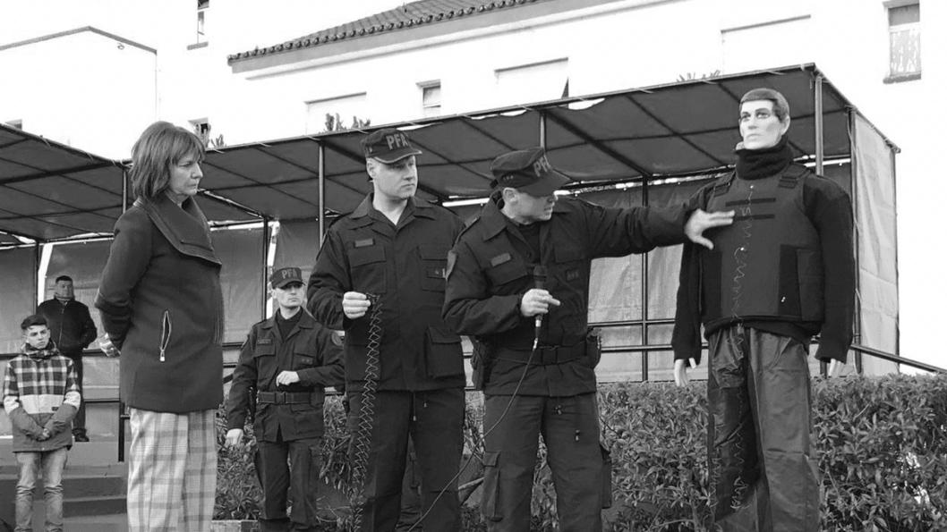 Patricia-Bullrich-policia-taser