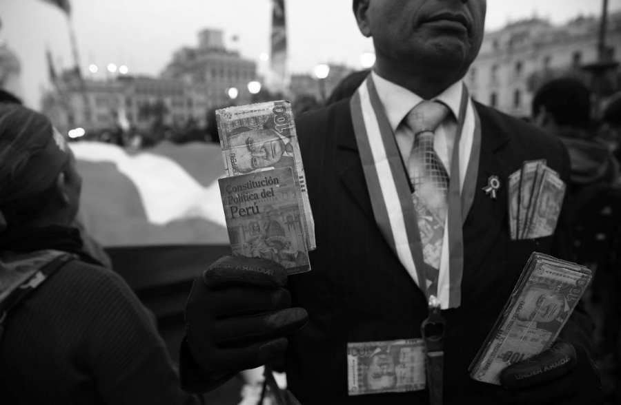 Peru constitucion la-tinta