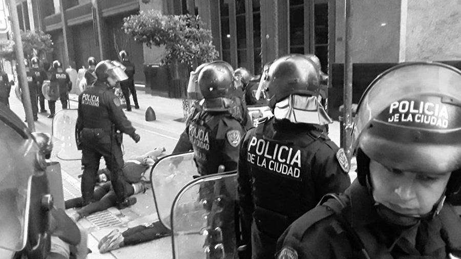 embajada_chile_21oct represion