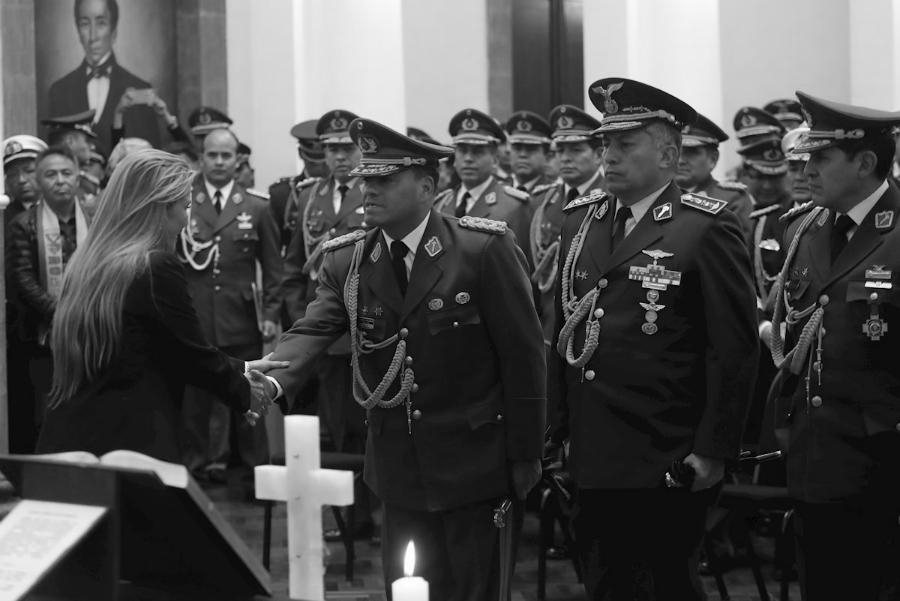 Bolivia Añez Alto Mando Militar la-tinta