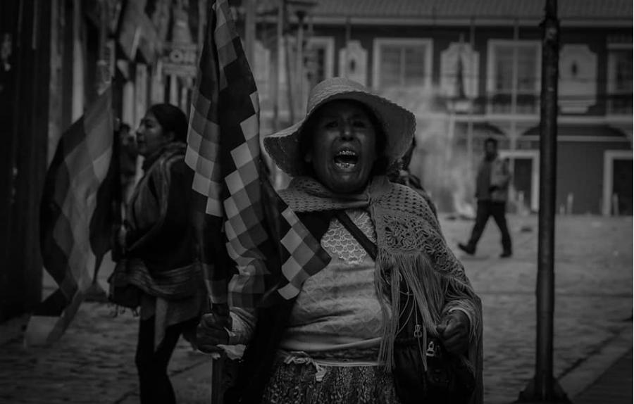 Bolivia chola protestas la-tinta