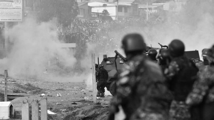 Bolivia fuerzas armadas reprimer la-tinta