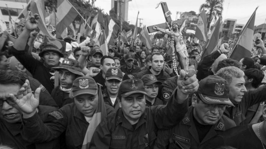 Bolivia militares golpe de Estado religion la-tinta