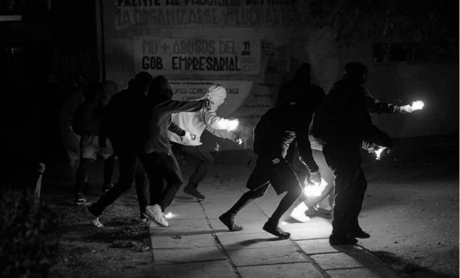 Chile manifestantes protestas la-tinta