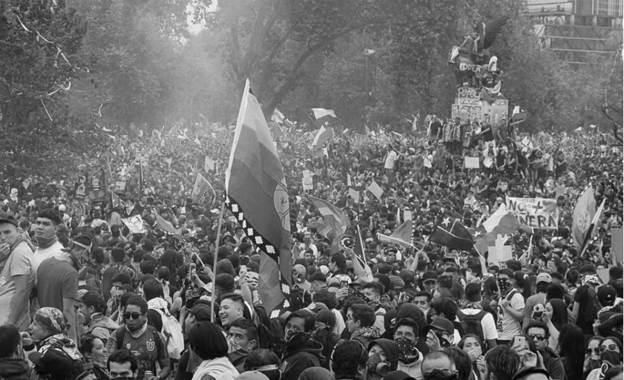 Chile movilizacion masiva la-tinta