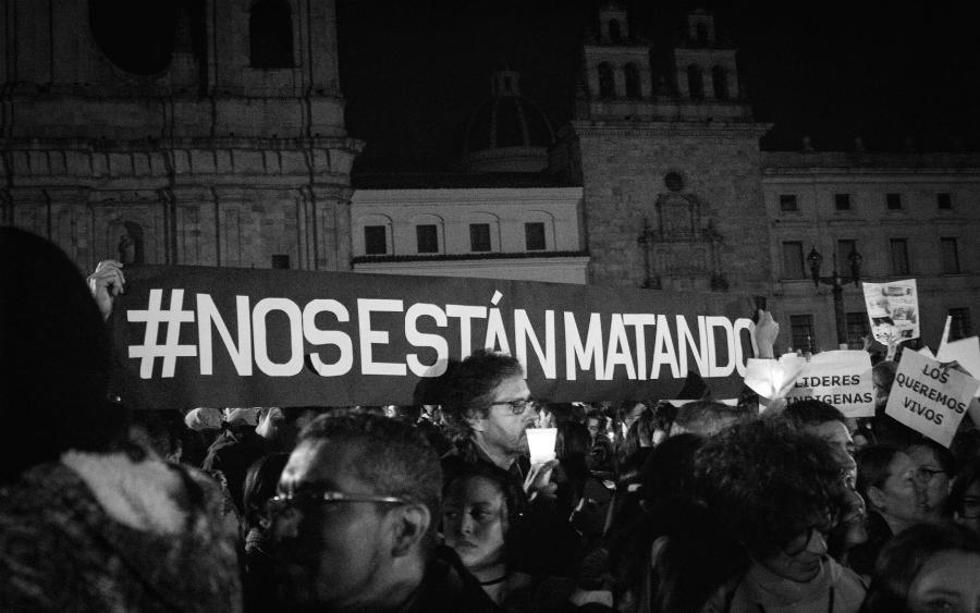 Colombia nos estan matando la-tinta