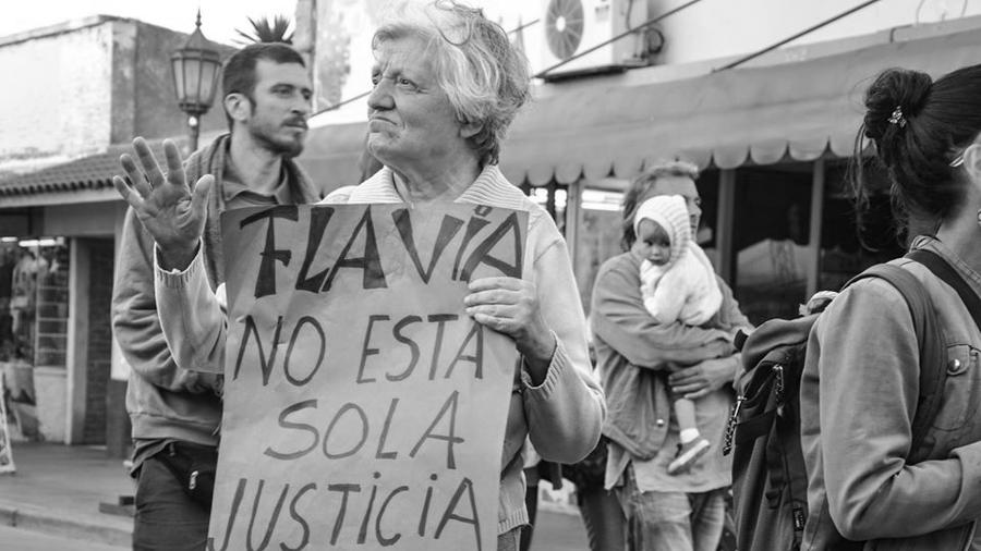 Feminismo-capilla-del-monte-Asi-no-02