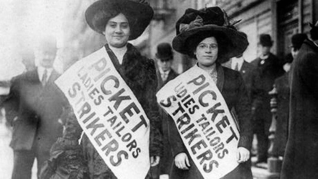 Huelga-mujeres-Estados-Unidos-trabajadoras-protesta-01