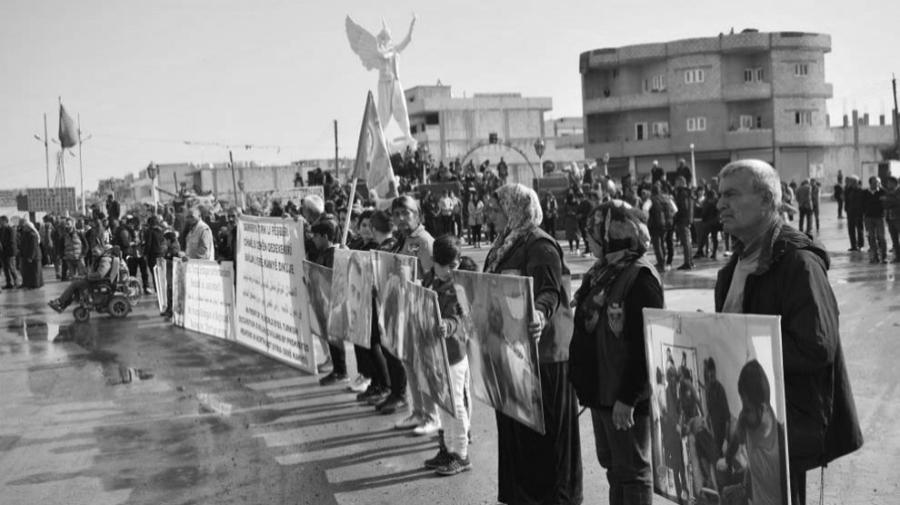 Rojava Kobane marcha contra la invasion turca la-tinta