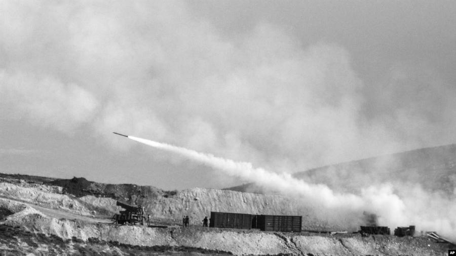 Turquia bombardea norte de siria la-tinta