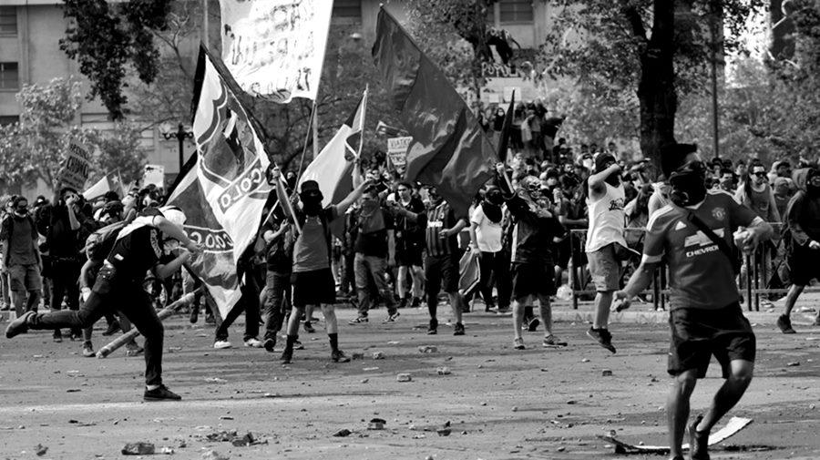final-libertadores-chile-protesta2