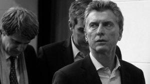 Un decreto de Macri extiende por cinco años los cargos jerárquicos en el Estado