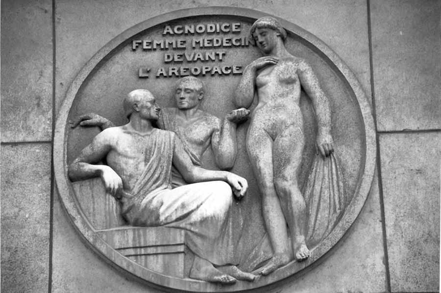 Agnodice-medicina-ginecologa-griega-02