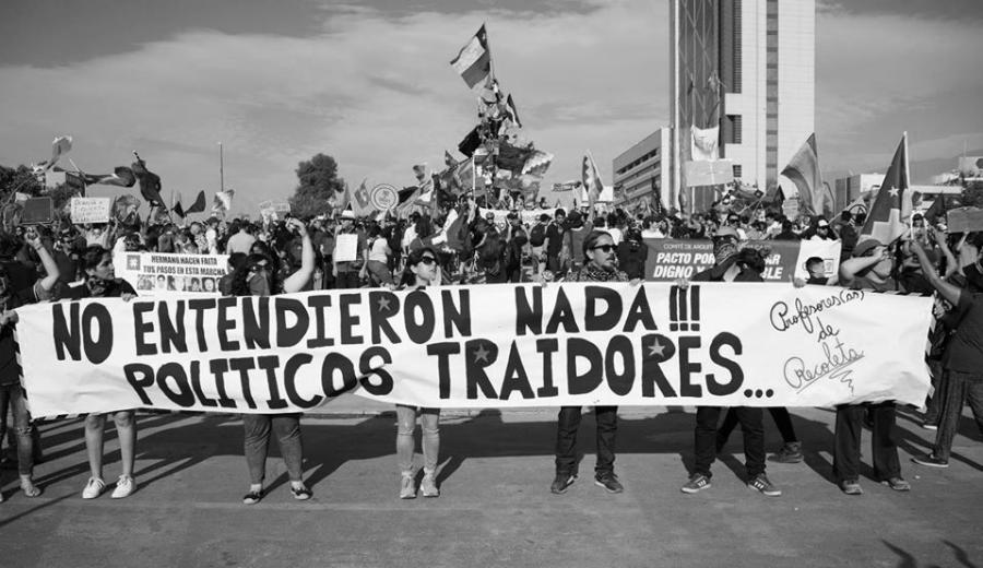 Chile politicos traidores la-tinta