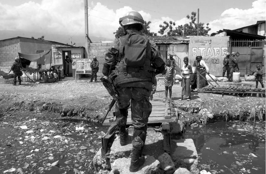 Haiti Cascos Azules la-tinta