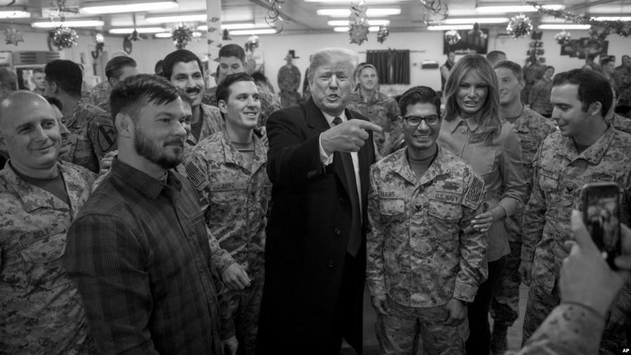 Irak Trump visita tropas estadounidense la-tinta
