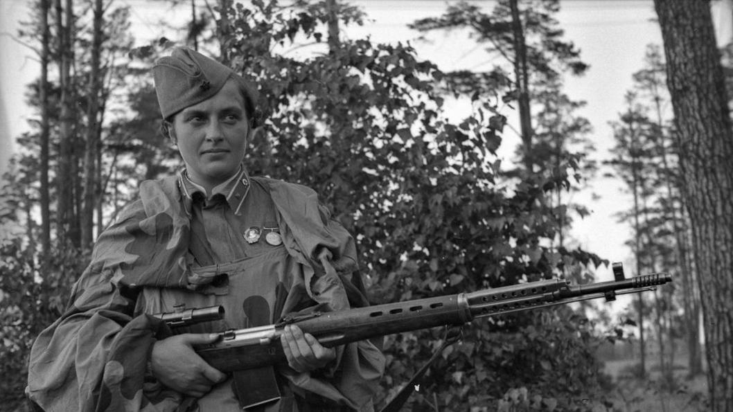 Liudmila-Pavlichenko-guerra-francotiradora-02