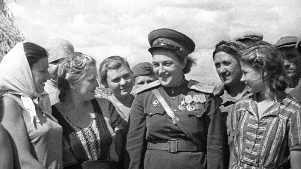 Liudmila-Pavlichenko-guerra-francotiradora-03