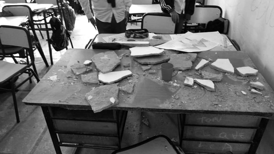 escuela-28-Florencio-Varela-techo-maestra-educacion-01