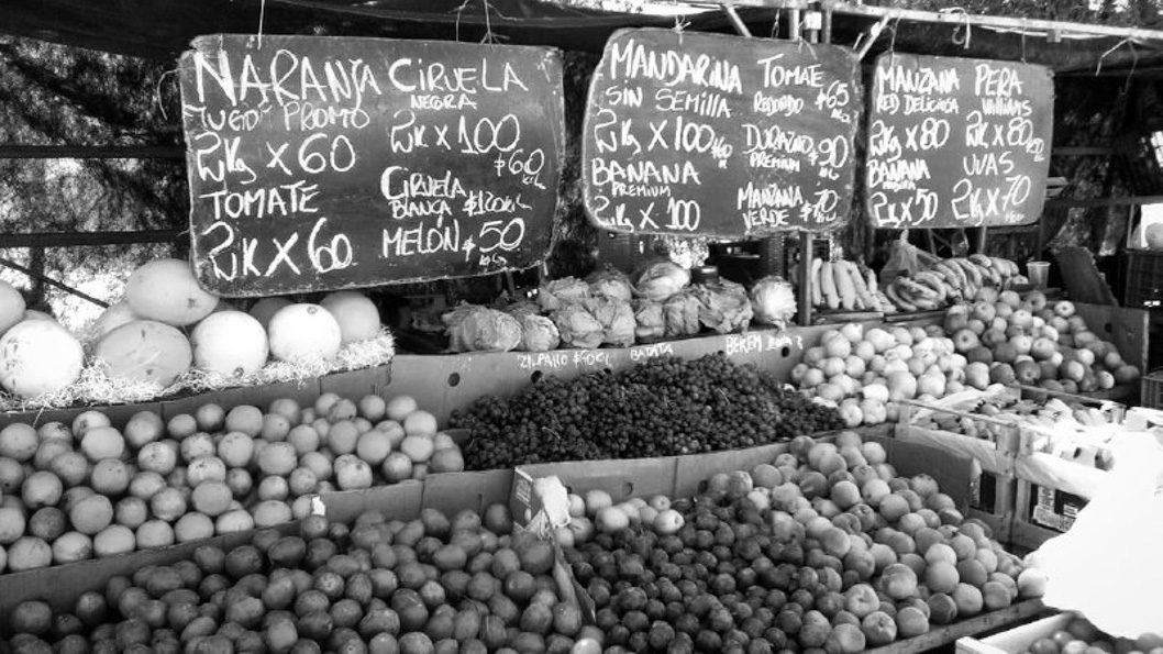 Feria-economia-popular-alimentos-01