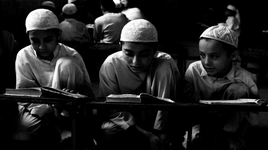 Medio Oriente madrasa estudiantes la-tinta