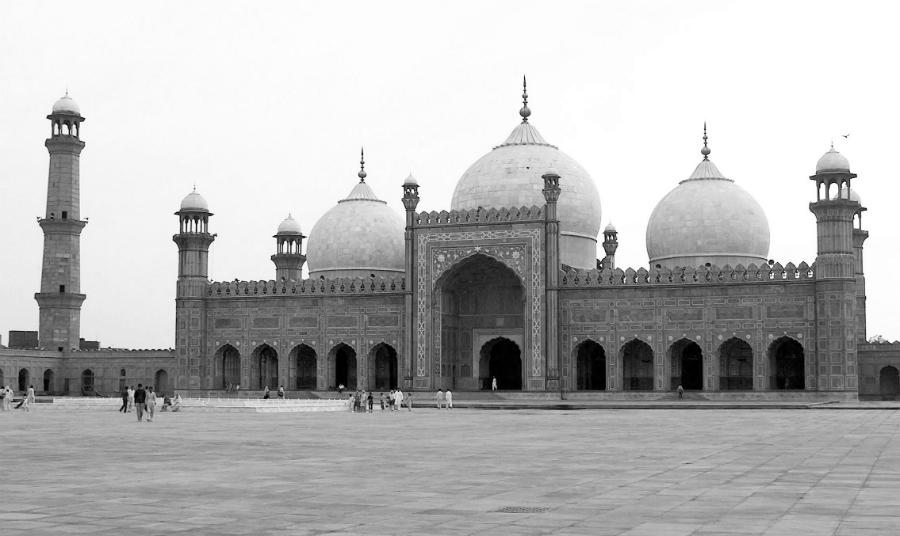 Pakistan madrasa la-tinta