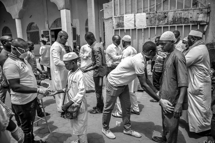 Africa coronavirus medicos la-tinta
