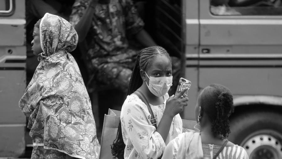 Africa coronavirus mujeres la-tinta